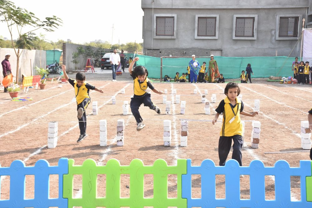 cbse pattern school admission jump and run sport day celebration at vijaya convent