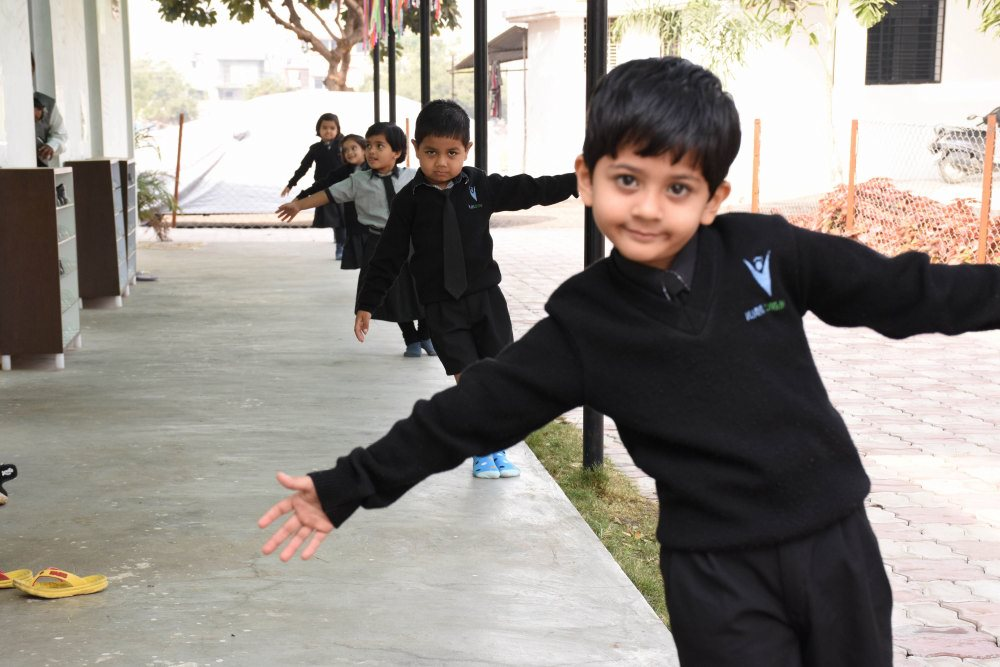 english medium amravati top 5 school near sai nagar at amravati good campus and ground
