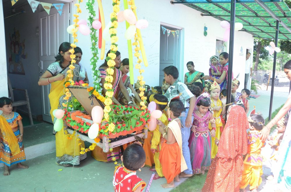 shree krishna janmashtami celebration teacher student in the school campus