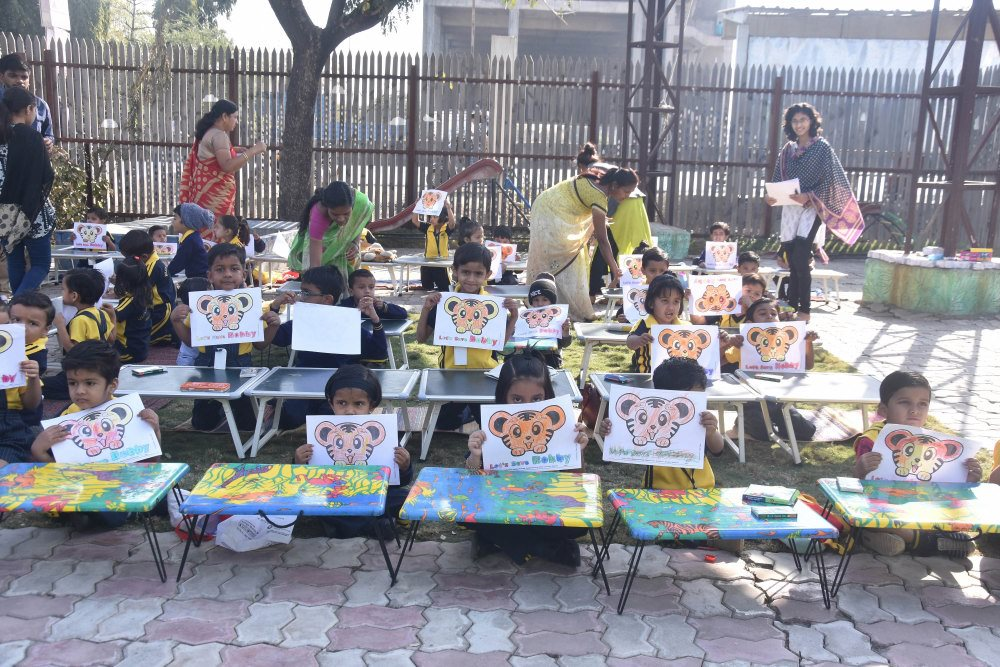 campus and ground of vijaya school all student paintings with all teachers