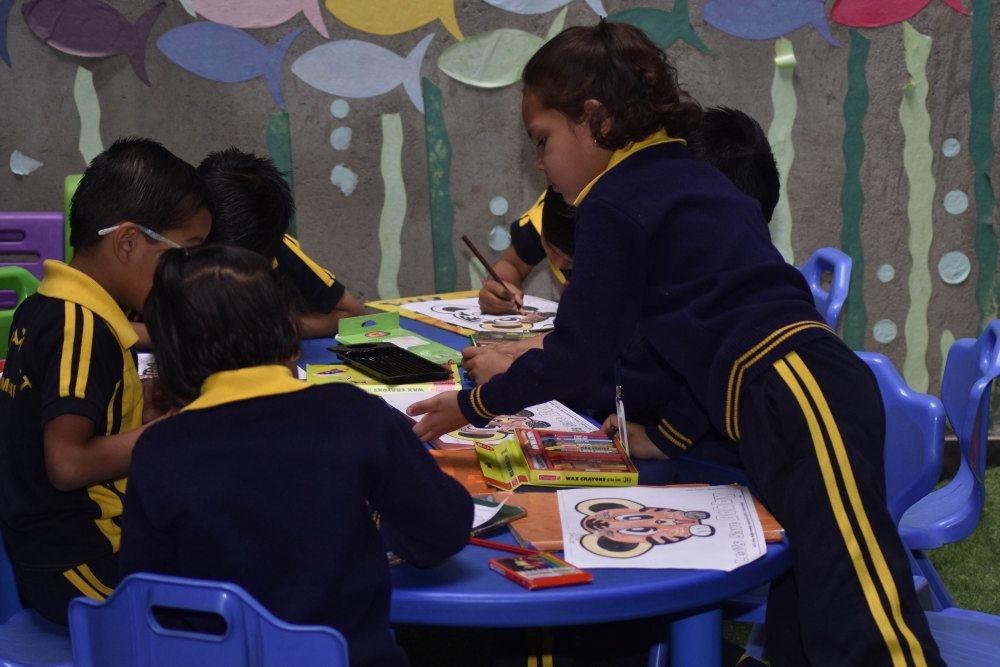 top schools in amravati vijaya school for excellence while painting