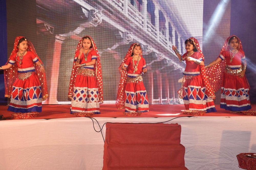 vijaya convent group dance performance annual function celebration of the school