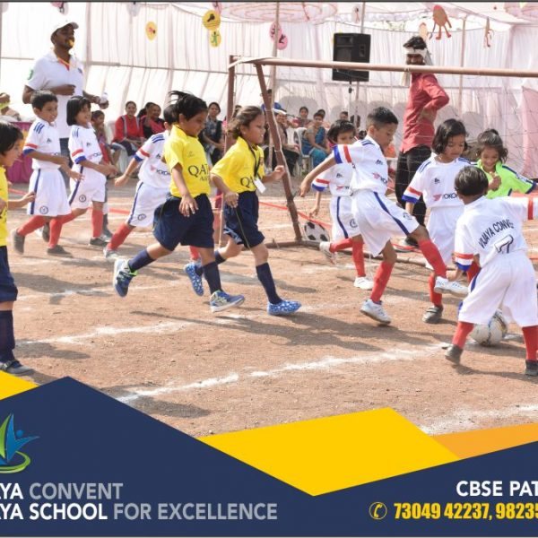 activity-school-sports-day-school-photos-school-photos-cbse-school-sports-day-photos-student-playing-playing-at-ground-student-playing-foot-ball-cbse-school