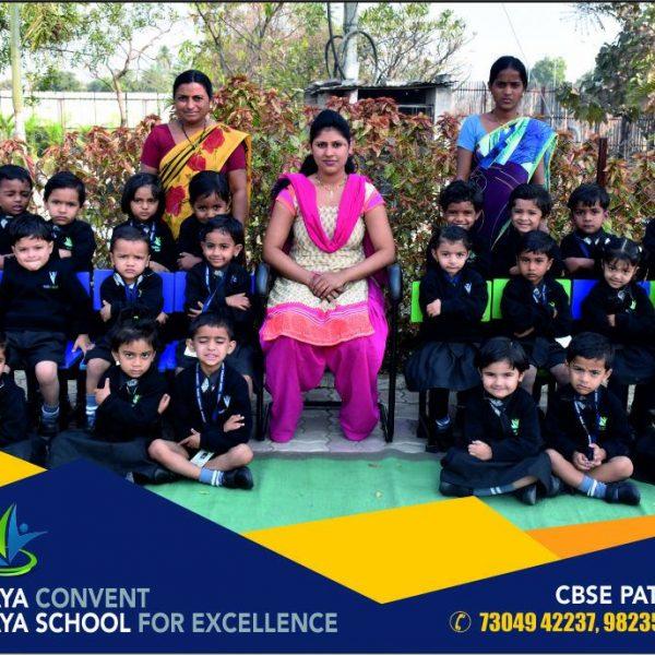 best teaching staff school teachers cbse school teachers student with teachers photos vijaya convent teachers