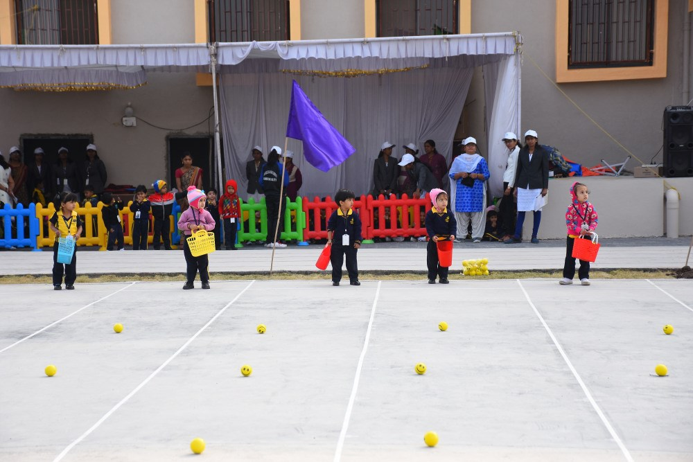 inovative-games-played-at-sports-day-at-vijaya-convent-schol-amravati