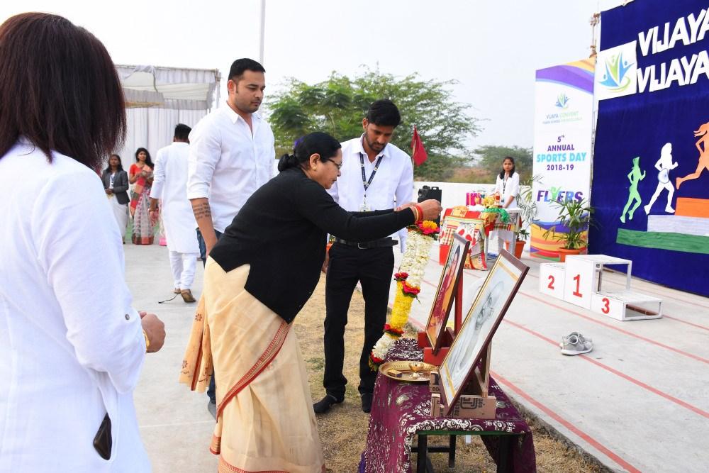 inaugration-at-republic-day-at-vijay-convent-amravati