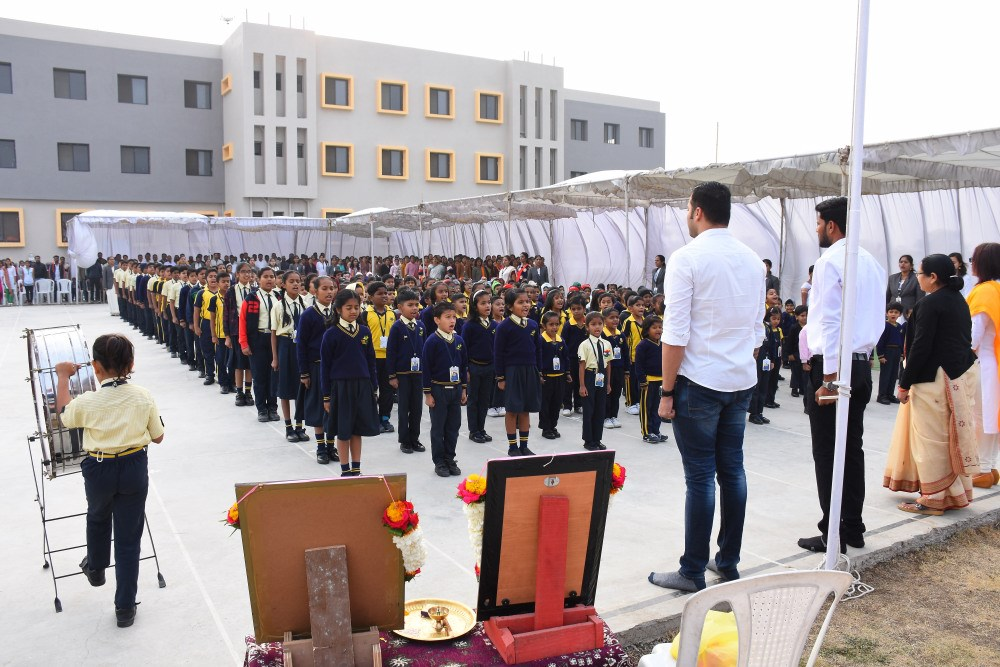 national-anthem-at-vijay-convent-amravati-on-republic-day