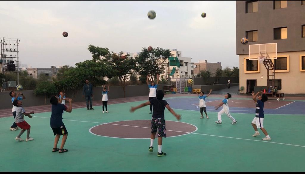 Summer-Camp-Basketball-at-convent-schools-in-amravati