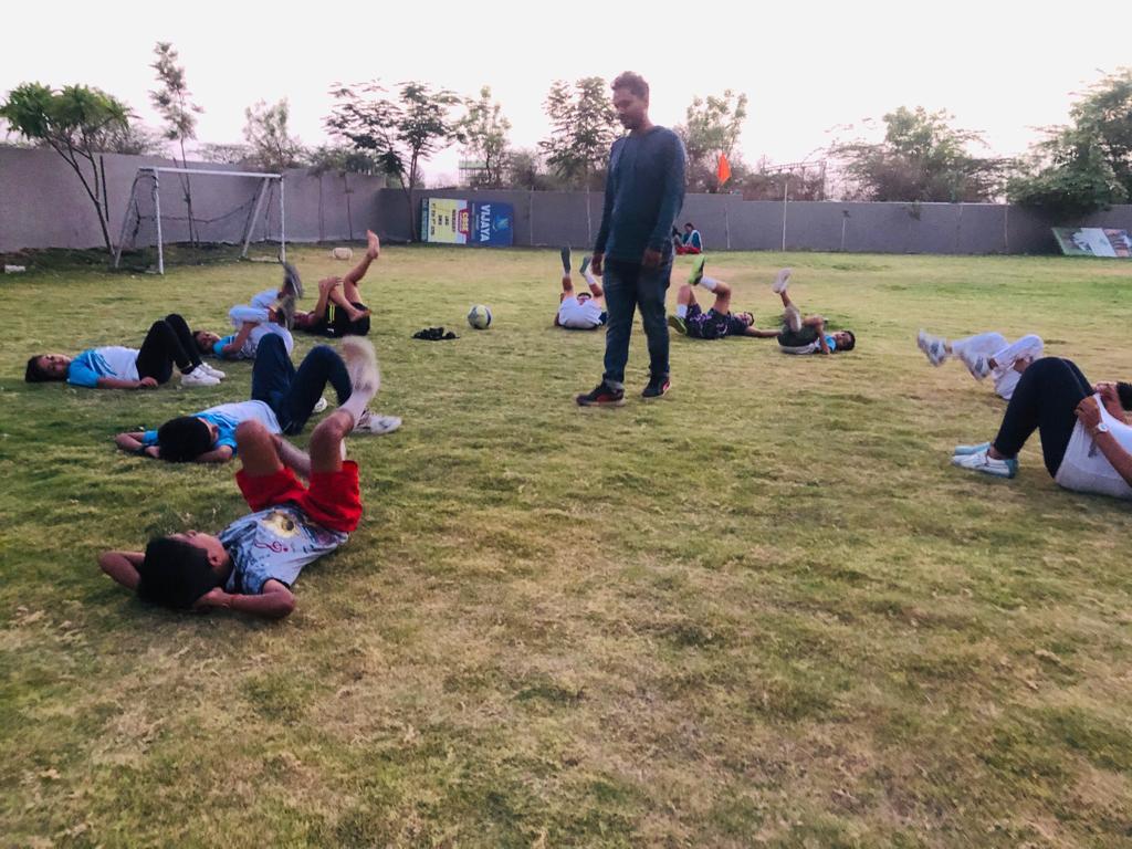 Summer-Camp-Basketball-learning-at-popular-school-in-amravati