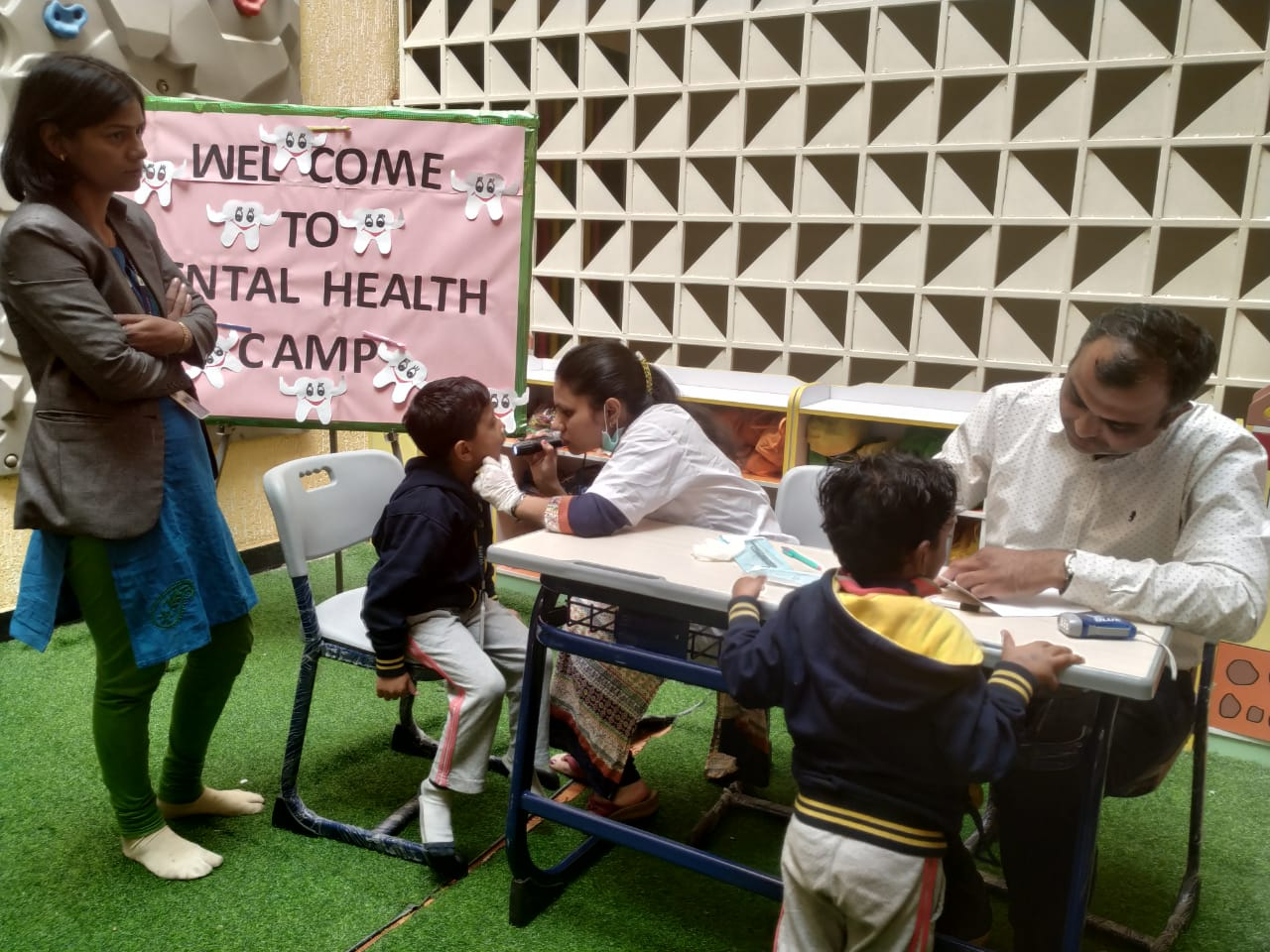 Amravati-dental-health-camp-vijaya-convent-school-amravati