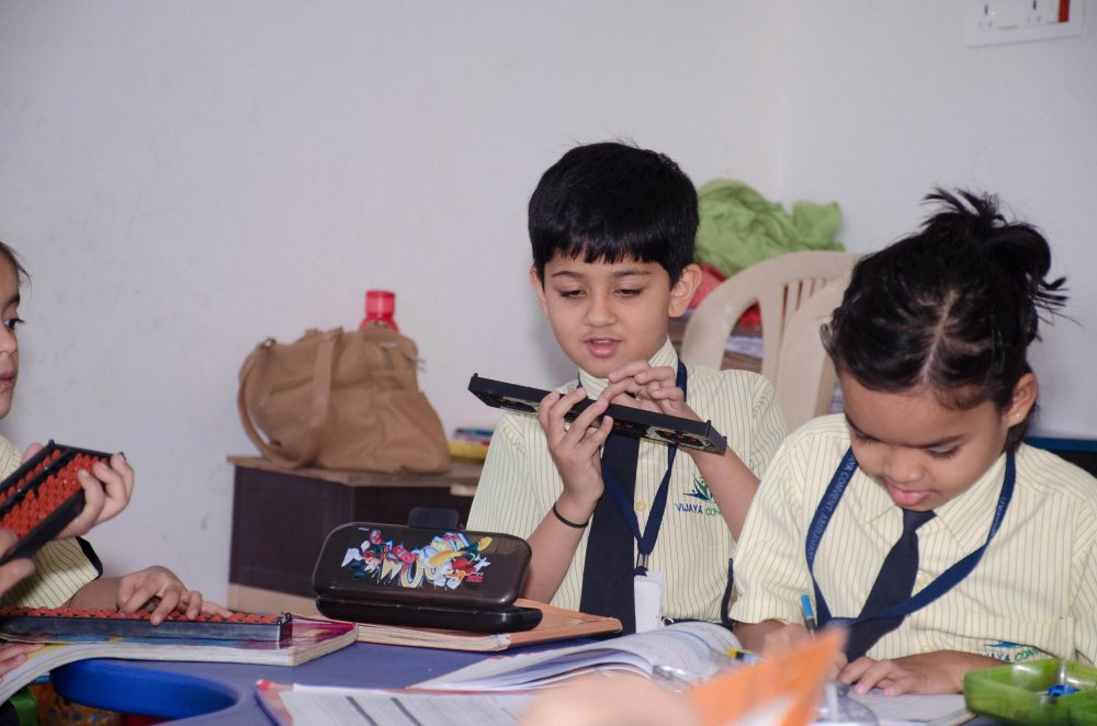 intelligent and smart children smart learning admissions open for cbse pattern school