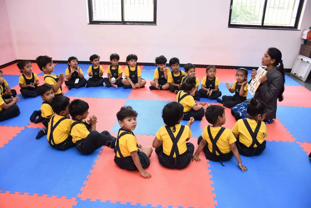 Amazing School Attractive Classroom- Vijaya Convent CBSE School Amravati