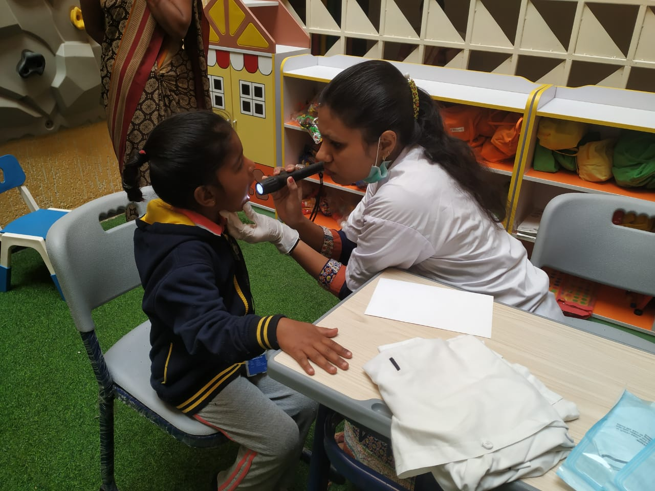 best-school-in-amravati-dental-health-camp-vijaya-convent-school-amravati