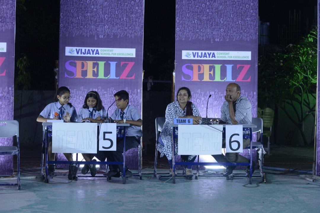 cbse-schools-in-amravati-students-in-Spellz-Competition-2019