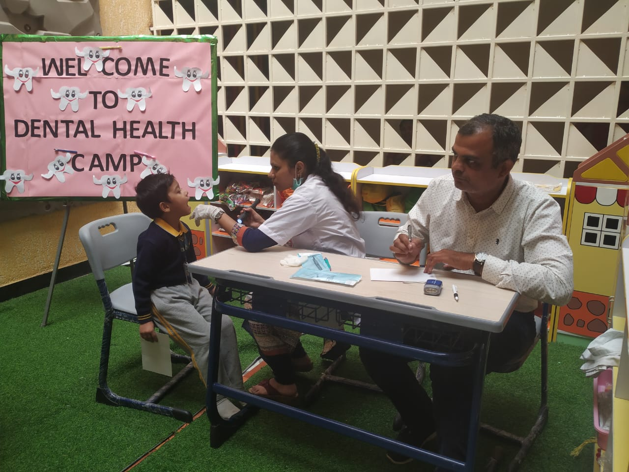 school-activity-dental-health-camp-vijaya-convent-school-amravati