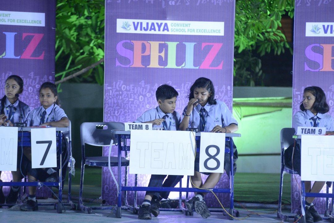top-cbse-schools-in-amravati-students-in-Spellz-Competition-2019